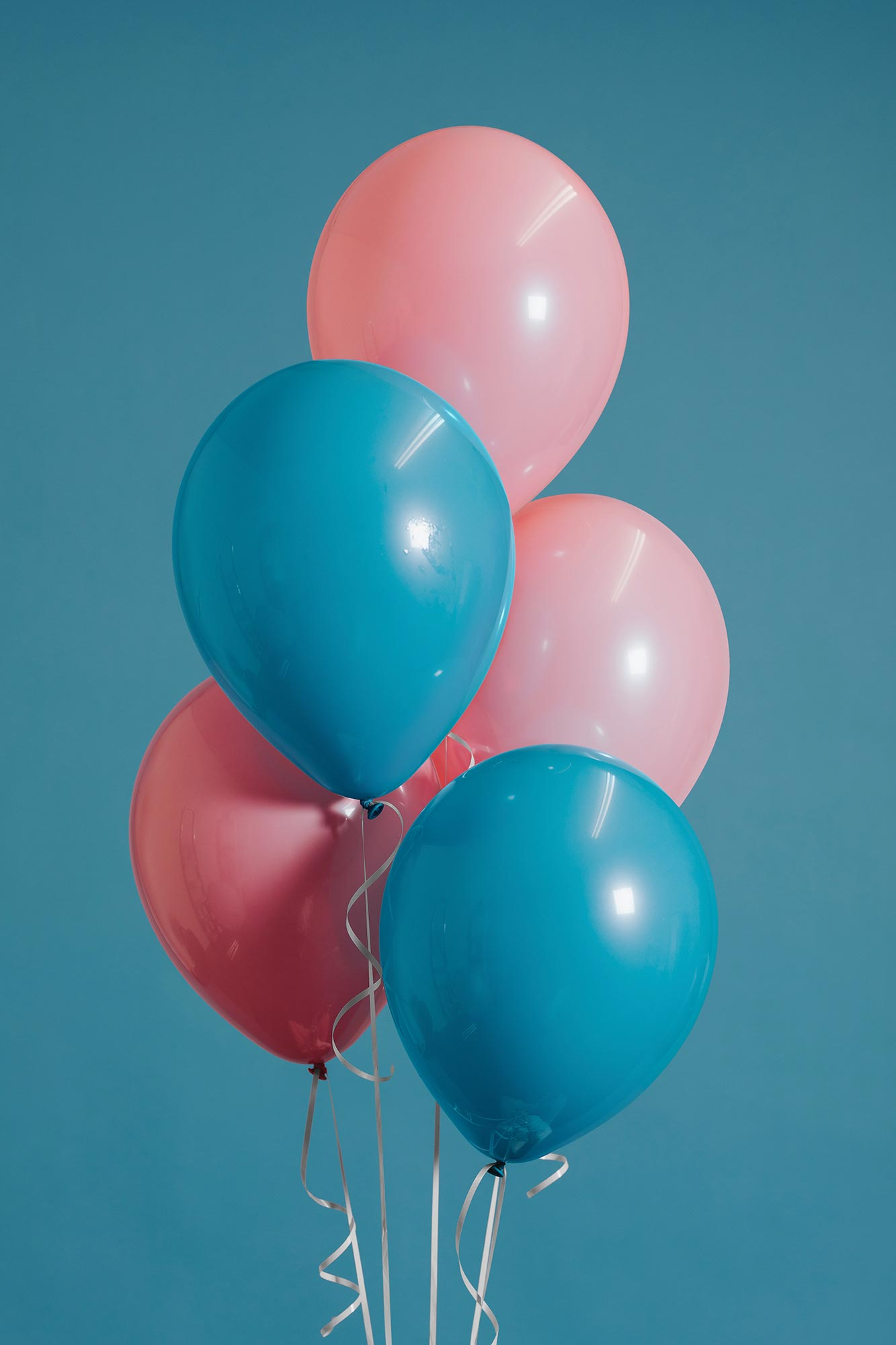blue and pink ballons